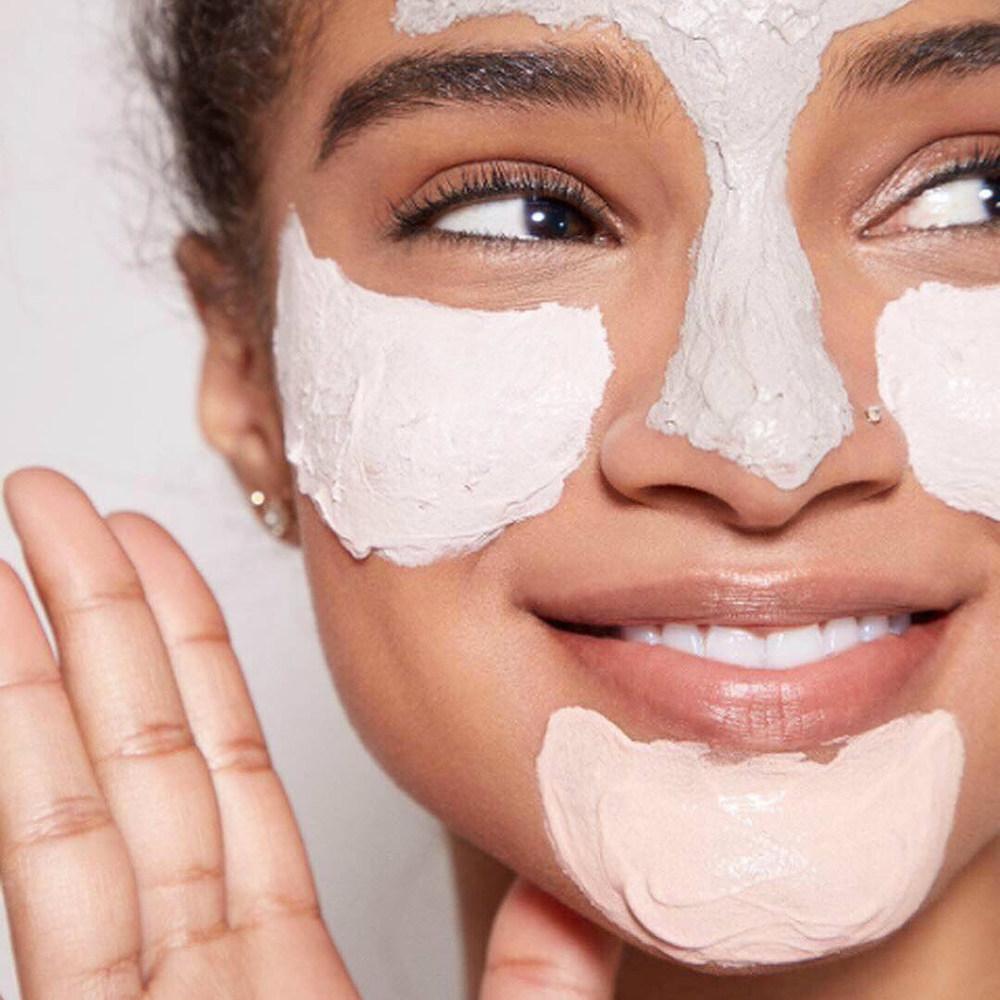Да се носят маска на лицето си, които вие ВИЕ ВИЕ ВИЕ трябва да се признае